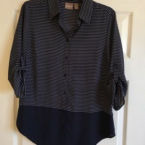 Chico's Sz 0 Navy/white Striped  Button Front Top